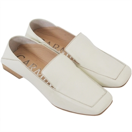 Loafer Ariana Off-white </br><b> CARMIM </b>