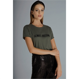T-shirt Always Queening Verde IORANE