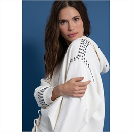 Blusa Moletom Bordada Tachas Off-white J.CHERMANN